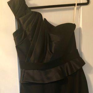 Note Marchese black one shoulder dress